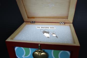 DIY Snow White Evil Queen Heart Box Replica Prop