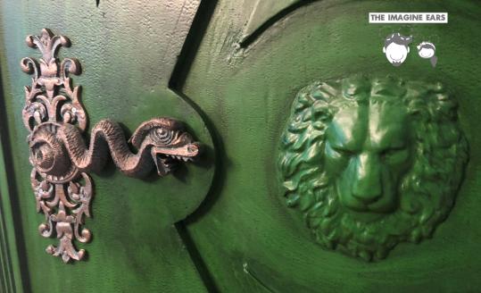 Imagine Ears Haunted Mansion Haunted Corridor Door Knob